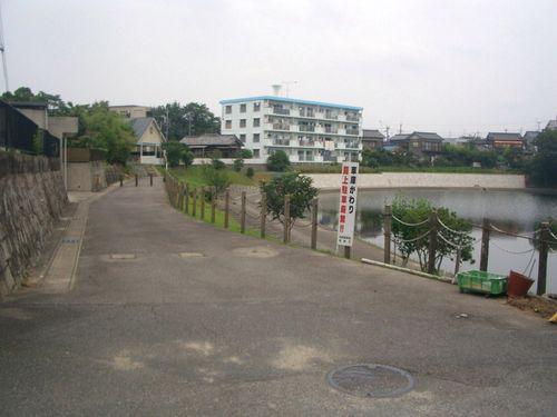 4:岡崎競馬場(1コーナー内側)