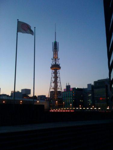 愛知県芸術劇場からテレビ塔を望む