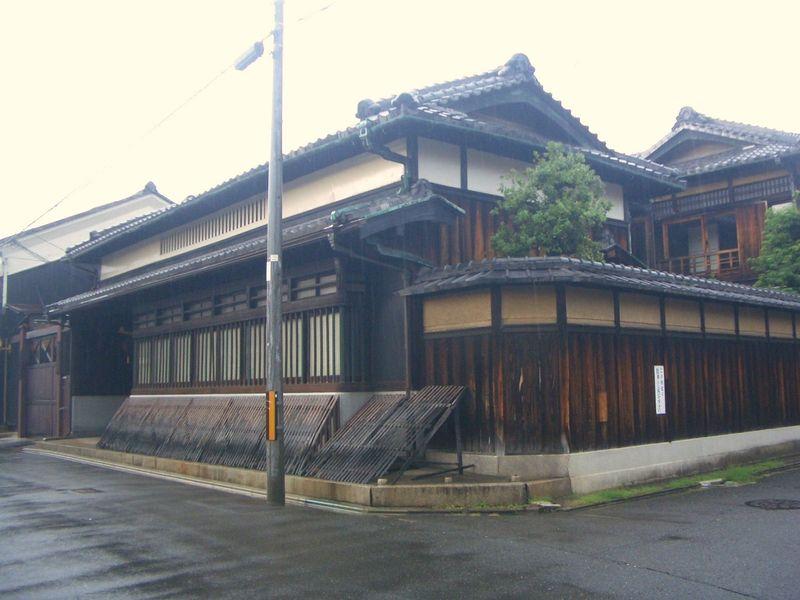これぞ京都の町並みと思わせる一枚