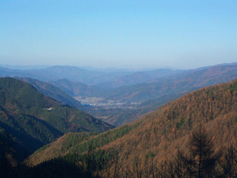 美和湖から紅葉の山々まで@分杭峠