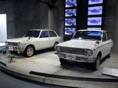 トヨタ カローラ+ダットサン サニー(1966)